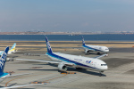 Takeshi90ssさんが、羽田空港で撮影した全日空 777-381の航空フォト(写真)