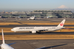 prado120さんが、羽田空港で撮影した日本航空 777-346の航空フォト(写真)