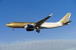 よしぱるさんが、ロンドン・ヒースロー空港で撮影したガルフ・エア A330-243の航空フォト(写真)