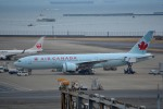 さくらの城南山。さんが、羽田空港で撮影したエア・カナダ 777-233/LRの航空フォト(写真)