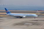 ポン太さんが、羽田空港で撮影した全日空 767-381の航空フォト(写真)