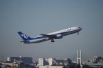 YWさんが、伊丹空港で撮影した全日空 767-381の航空フォト(写真)