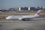 YWさんが、伊丹空港で撮影した日本航空 767-346/ERの航空フォト(写真)