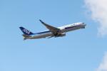 職業旅人さんが、成田国際空港で撮影した全日空 767-381/ERの航空フォト(写真)