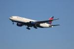 チェリーさんが、羽田空港で撮影したデルタ航空 777-232/ERの航空フォト(写真)