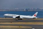 Mochi7D2さんが、羽田空港で撮影した日本航空 777-346/ERの航空フォト(写真)