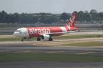職業旅人さんが、クアラルンプール国際空港で撮影したエアアジア A320-214の航空フォト(写真)