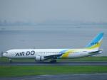 えぬえむさんが、羽田空港で撮影したAIR DO 767-381の航空フォト(写真)