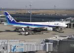 TopGunさんが、羽田空港で撮影した全日空 777-281の航空フォト(写真)