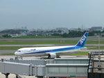 いっとくさんが、伊丹空港で撮影した全日空 767-381の航空フォト(写真)