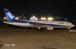 RINA-200さんが、小松空港で撮影した全日空 777-281/ERの航空フォト(写真)