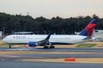 ばっきーさんが、成田国際空港で撮影したデルタ航空 767-332/ERの航空フォト(写真)