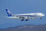 セブンさんが、新千歳空港で撮影した全日空 777-281/ERの航空フォト(写真)