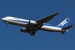 木人さんが、成田国際空港で撮影した全日空 767-381の航空フォト(写真)