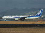 Dogma13463さんが、伊丹空港で撮影した全日空 777-281/ERの航空フォト(写真)
