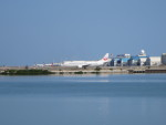 ken1992さんが、那覇空港で撮影した日本トランスオーシャン航空 737-4Q3の航空フォト(写真)
