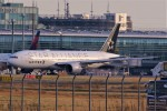 Spot KEIHINさんが、羽田空港で撮影したユナイテッド航空 777-222/ERの航空フォト(写真)