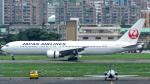 誘喜さんが、台北松山空港で撮影した日本航空 767-346/ERの航空フォト(写真)