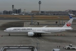 よしポンさんが、羽田空港で撮影した日本航空 777-346/ERの航空フォト(写真)