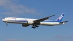 raichanさんが、成田国際空港で撮影した全日空 777-381/ERの航空フォト(写真)