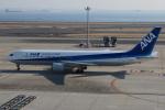 とりてつさんが、羽田空港で撮影した全日空 767-381の航空フォト(写真)