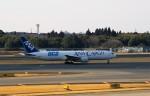 新人スマイスさんが、成田国際空港で撮影した全日空 767-381Fの航空フォト(写真)