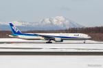 みなかもさんが、新千歳空港で撮影した全日空 777-381の航空フォト(写真)