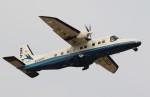 nishisanさんが、調布飛行場で撮影した新中央航空 228-212の航空フォト(写真)