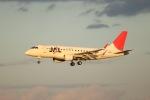 tyusonさんが、伊丹空港で撮影したジェイ・エア ERJ-170-100 (ERJ-170STD)の航空フォト(写真)