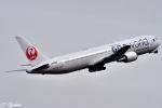 吉田高士さんが、羽田空港で撮影した日本航空 767-346の航空フォト(写真)