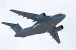 チャッピー・シミズさんが、名古屋飛行場で撮影した航空自衛隊 C-2の航空フォト(写真)