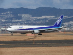 Hiyuさんが、伊丹空港で撮影した全日空 767-381の航空フォト(写真)