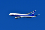 JA946さんが、伊丹空港で撮影した全日空 777-381の航空フォト(写真)