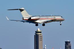 パンダさんが、成田国際空港で撮影したビスタジェット BD-700-1A10 Global 6000の航空フォト(写真)