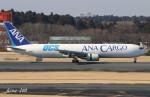RINA-200さんが、成田国際空港で撮影した全日空 767-381F/ERの航空フォト(写真)