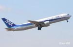 RINA-200さんが、成田国際空港で撮影した全日空 767-381/ERの航空フォト(写真)