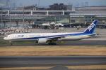 とりてつさんが、羽田空港で撮影した全日空 777-381/ERの航空フォト(写真)