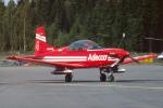 Echo-Kiloさんが、タンペレ・ピルカッラ空港で撮影したPatrouille Adecco PC-7の航空フォト(写真)