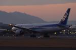 Alice Photoさんが、伊丹空港で撮影した全日空 777-281/ERの航空フォト(写真)