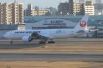 Airbus350さんが、福岡空港で撮影した日本航空 777-246/ERの航空フォト(写真)