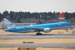 らっしーさんが、成田国際空港で撮影したKLMオランダ航空 777-206/ERの航空フォト(写真)