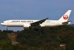 あしゅーさんが、福岡空港で撮影した日本航空 777-246/ERの航空フォト(写真)