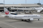 SFJ_capさんが、那覇空港で撮影した日本トランスオーシャン航空 737-446の航空フォト(写真)