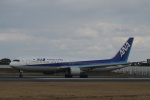 endress voyageさんが、伊丹空港で撮影した全日空 767-381/ERの航空フォト(写真)