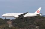 青春の1ページさんが、福岡空港で撮影した日本航空 777-246/ERの航空フォト(写真)