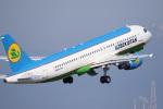 ドラパチさんが、中部国際空港で撮影したウズベキスタン航空 A320-214の航空フォト(写真)