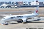 tabi0329さんが、福岡空港で撮影した日本航空 767-346の航空フォト(写真)