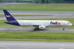 Tomo-Papaさんが、シンガポール・チャンギ国際空港で撮影したフェデックス・エクスプレス 757-236の航空フォト(写真)