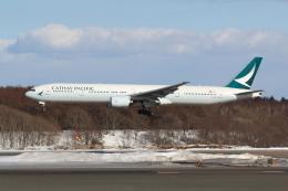 sumihan_2010さんが、新千歳空港で撮影したキャセイパシフィック航空 777-367の航空フォト(写真)