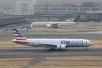 VIPERさんが、羽田空港で撮影したアメリカン航空 777-223/ERの航空フォト(写真)
